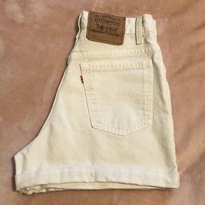 vintage retro high waisted levi shorts